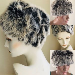 Chic NWOT Faux FUR European Style HAT One …